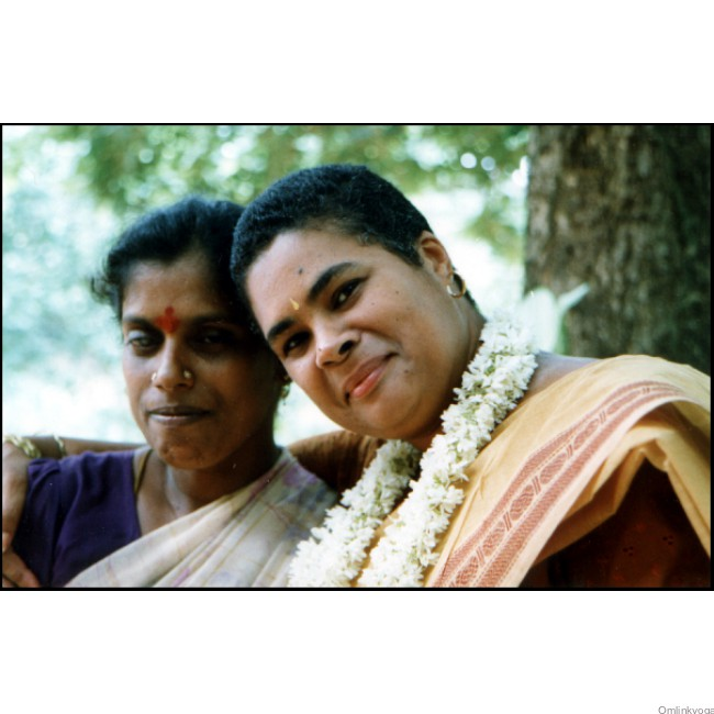 Julie Broglin, Omlink-Director(right) and Mutalakshmi(left) at Grace in Auroville, India, Fall 2001